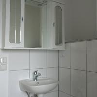 Neu Badeinrichtung und Installation